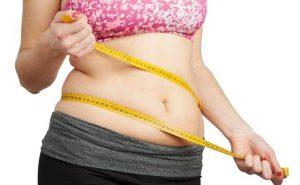 Moringa i odchudzanie. Czy pomaga schudnąć?